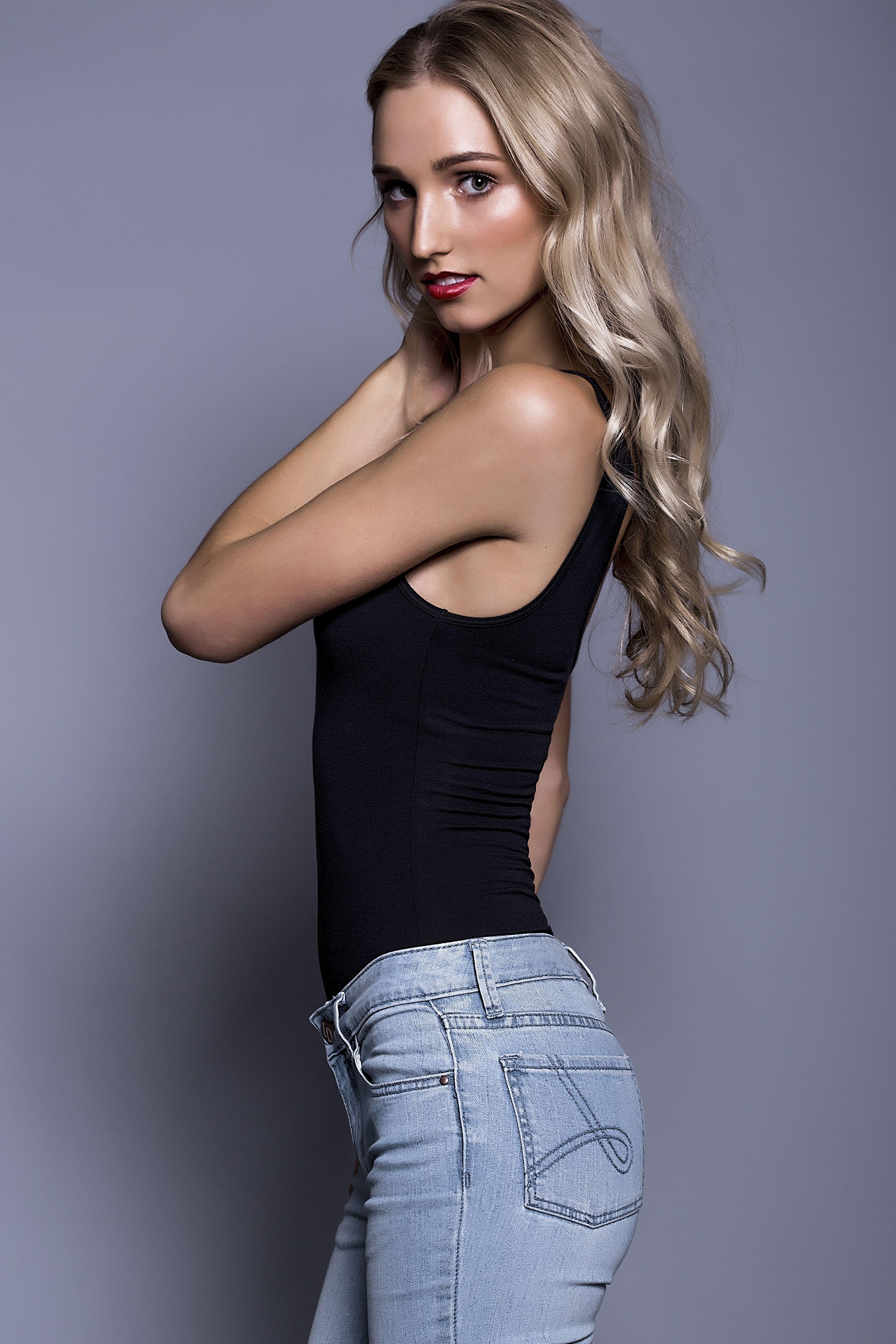 Anika Brazen Models